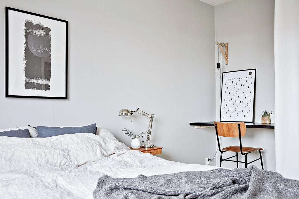 skrivbord i sovrum