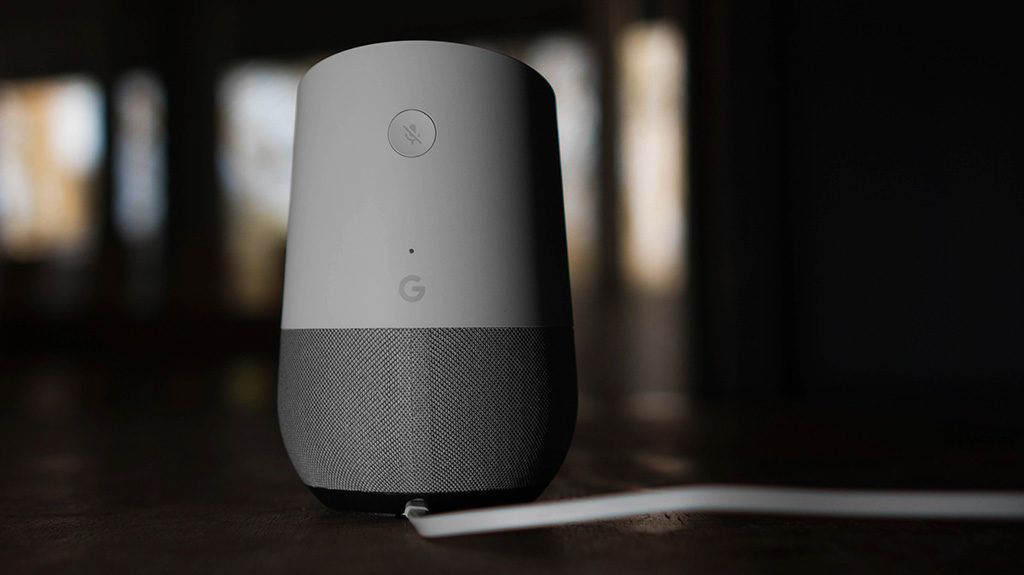 Nu är Google Home på svenska här! Med den smarta högtalaren som är kopplad till den digitala assistenten Google Assistant kan vi röststyra våra smarta hem.