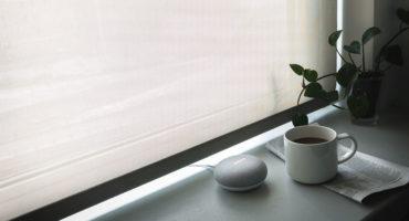 En röststyrd högtalare som Google Home Mini gör dig på bra humör, morgon som kväll.