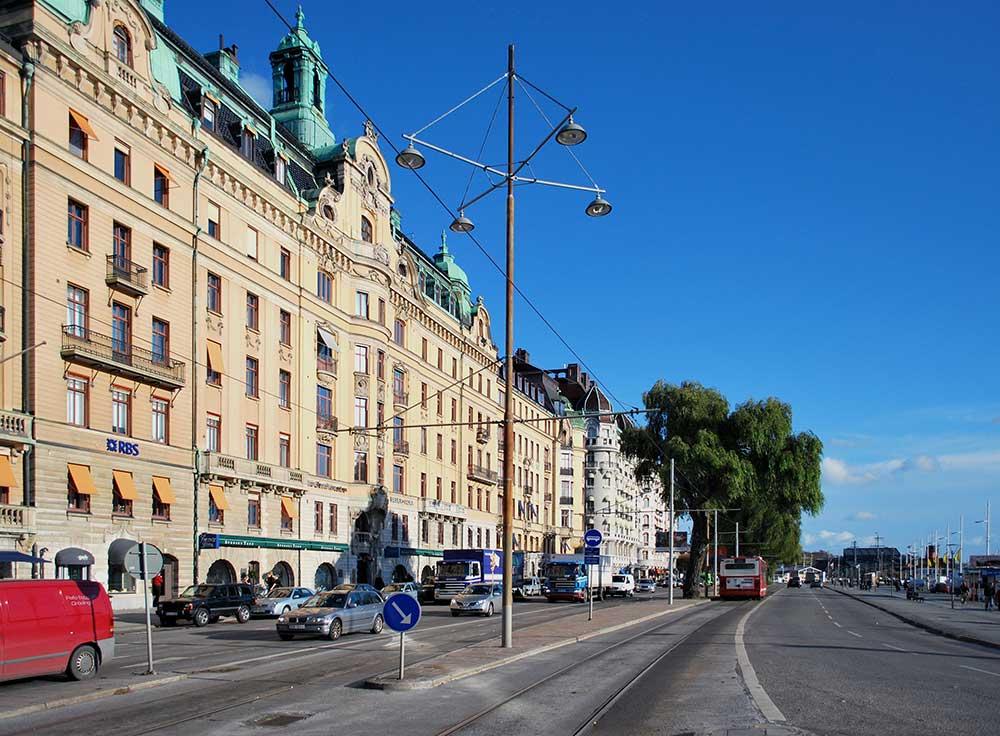 Strandvägen, Stockholm, sett från Nybroplan Licens: CC BY-SA 3.0